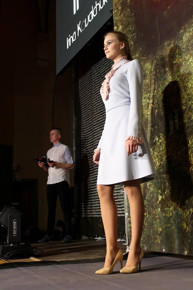 d3af6b8334926b Також свою весняно-літню колекцію 2017-го року запропонувала рівненським  модницям імідж-дизайнер Руслана Юрчик.