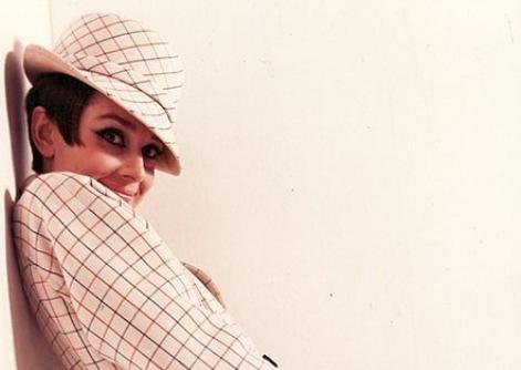 Новини Рівного - чаРівне. Незрівнянна Одрі Хепберн  секрети її краси ... 3c98a54cbf562