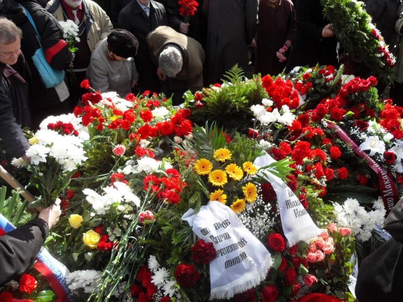Присутствие беременных на похоронах 69